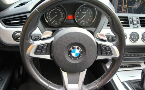 BMW Z4 (E89) SDRIVE 3.5i 306 cv Luxe Volant multifonctions