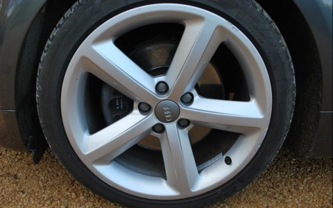 Audi TT 2.0 TFSI 200cv S Line Pack TTS Jante en aluminium 18 S-Line