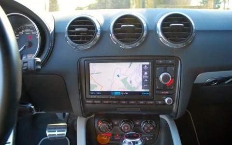 Audi TTS 2.0 TFSI 272 Quattro S-Tronic GPS Plus : Système de navigation MMI Europe