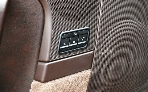 Porsche 997 Carrera S 3.8i P15 : Sièges électriques à mémoire : 1473 €