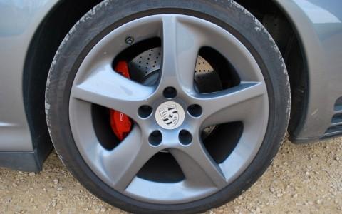 Porsche 996 Carrera 4S 3.6 Tiptr. S XRC: Jante en alliage 18 Sport Techno ton carrosserie (6B4 Kerguelen)