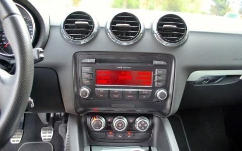 Audi TT 1.8 TFSI 160 S-Line Radio Audi Concert