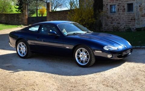 Jaguar XK8 Coupé 4.0 V8 294 cv Vous habitez loin de Lyon ? Nous venons vous chercher à la gare ou à l'aéroport.