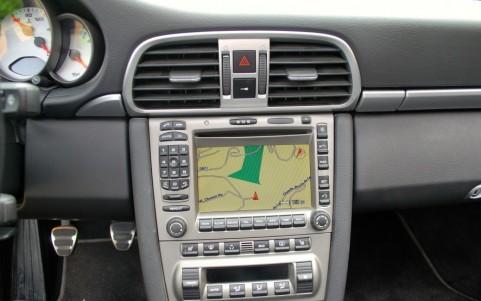 Porsche 997 Carrera S 3.8 670 : Module de navigation pour PCM II