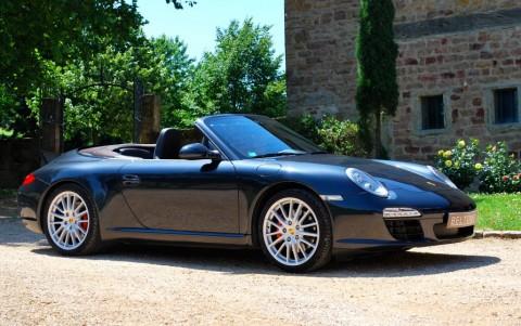 Porsche 997 Carrera S Cabriolet PDK Vous habitez loin de Lyon ? Nous venons vous chercher à la gare ou à l'aéroport.