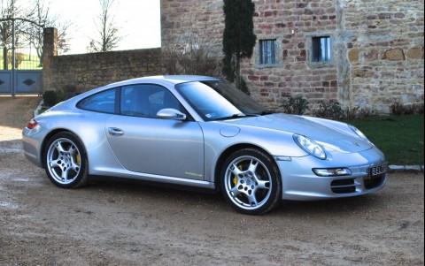 Porsche 997 3.8 355cv Carrera 4S Vous habitez loin de Lyon ? Nous venons vous chercher à la gare ou à l'aéroport.