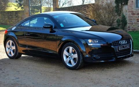 Audi TT Coupé 2.0 TFSI 200cv Stronic Vous habitez loin de Lyon ? Nous venons vous chercher à la gare ou à l'aéroport.