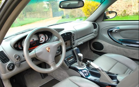 Porsche 996 Carrera 4S X51 3.6 345 cv Y05 – Levier de vitesse et frein à main en carbone