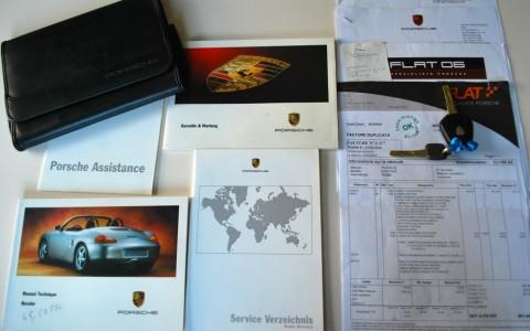 Porsche Boxster 986 2.7 220 cv Véhicule suivi par Porsche et spécialistes. Close