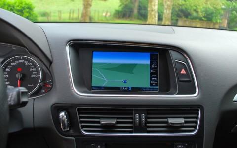Audi Q5 2.0 TDI 170cv Quattro  Système de Navigation Europe.