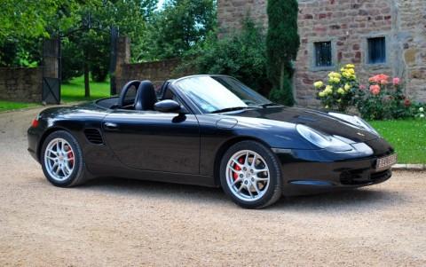 Porsche Boxster S 986 3.2 260 cv Vous habitez loin de Lyon ? Nous venons vous chercher à la gare ou à l'aéroport.