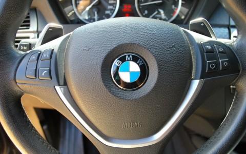 BMW X6 (E71) 40D 306cv xDrive Volant multi-fonctions sport avec palettes de changement de rapport