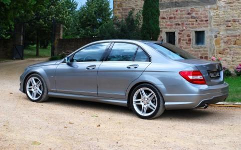 Mercedes C250 Avantgarde 7G-Tronic Kit carrosserie AMG jupes AV/AR et protections de bas de caisse