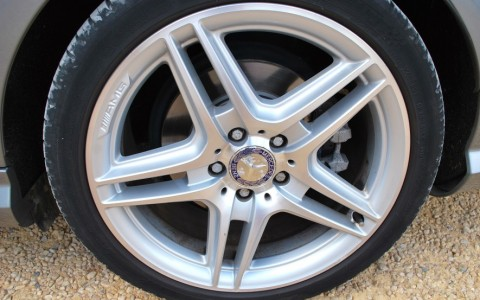 Mercedes C250 Avantgarde 7G-Tronic Jantes alliage AMG 18