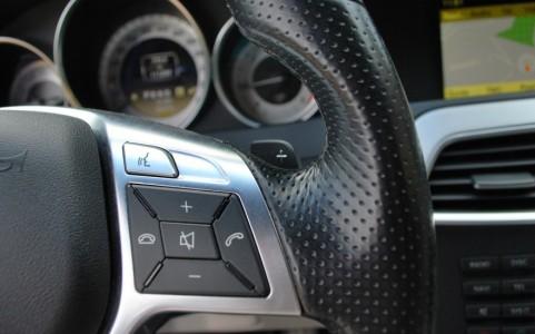 Mercedes C250 Avantgarde 7G-Tronic Palettes de commande au volant