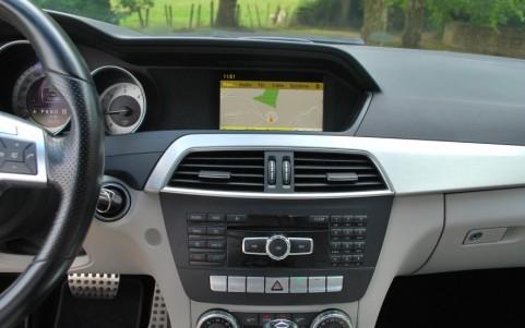 Mercedes C250 Avantgarde 7G-Tronic Système de navigation Europe