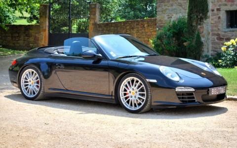 Porsche 997 4S cabriolet 3.8 385cv Vous habitez loin de Lyon ? Nous venons vous chercher à la gare ou à l'aéroport.