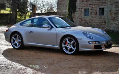 Porsche 997 Carrera S 3.8 355cv Vous habitez loin de Lyon ? Nous venons vous chercher à la gare ou à l'aéroport