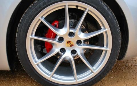 Porsche Cayman S 3.4 325cv PDK 423 : Jantes Carrera S (III) 20 pouces