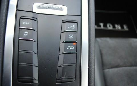 Porsche Cayman S 3.4 325cv PDK 176 : Echappement Sport avec bouton sur la console centrale