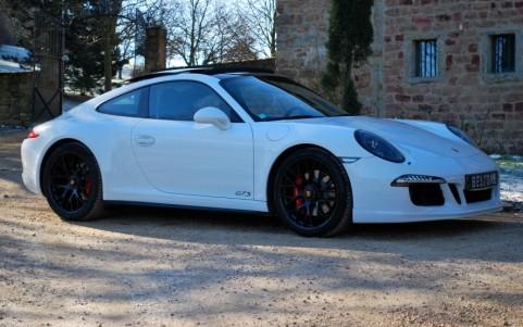 Porsche 991 3.8 GTS 430cv PDK Vous habitez loin de Lyon ? Nous venons vous chercher à la gare ou à l'aéroport.
