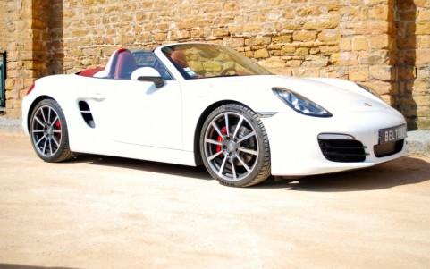 Porsche Boxster S 3.4 315cv PDK Vous habitez loin de Lyon ? Nous venons vous chercher à la gare ou à l'aéroport.