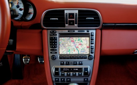 Porsche 997 Carrera S 3.8 355cv 670 / 610 : Module de navigation pour PCM II - GPS Europe