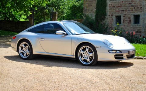 Porsche 997 Targa 4 3.6 325cv Vous habitez loin de Lyon ? Nous venons vous chercher à la gare ou à l'aéroport.