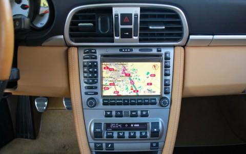 Porsche 997 Carrera 4S 3.8 355cv 670 / 610 : Module de navigation pour PCM - GPS Europe.