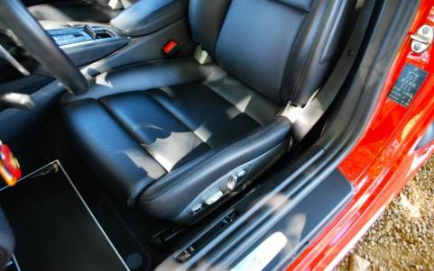 Porsche 718 Boxster PDK P06 : Siège sport adaptatifs avec pack mémoire conducteur