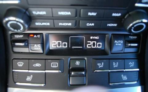 Porsche 718 Boxster PDK 573 : Climatisation automatique bi-zone