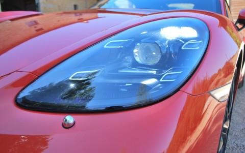 Porsche 718 Boxster PDK 602 : Phares à LED incluant le Porsche Dynamic Light System Plus (PDLS + feux directionnels)