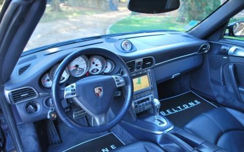 Porsche 997 Carrera S Cabriolet 3.8 355cv 249 / 432 : Transmission Tiptronic S avec commutateurs sur le volant