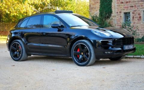 Porsche Macan Turbo Pack Performance Vous habitez loin de Lyon ? Nous venons vous chercher à la gare ou à l'aéroport.