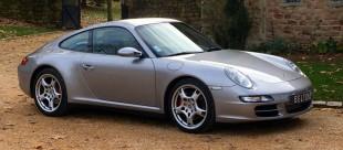 Porsche-997-Carrera-4S-38-355cv