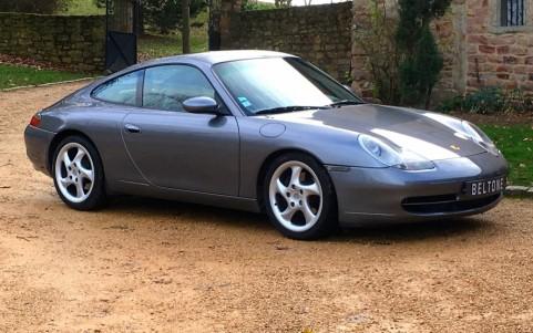 Porsche 996 Carrera 3.4 300cv Vous habitez loin de Lyon ? Nous venons vous chercher à la gare ou à l'aéroport.