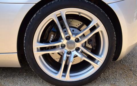 Audi  R8 4.2 FSI Quattro 420cv PRJ : Jantes 19 pouces an aluminum coulé style 5 branches doubles