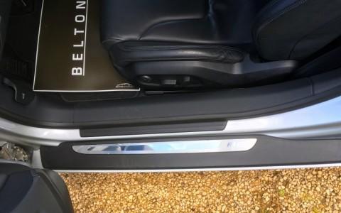 Audi  R8 4.2 FSI Quattro 420cv 3L5 : Sièges à réglages électrique