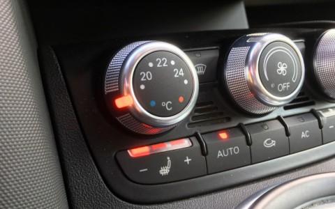 Audi  R8 4.2 FSI Quattro 420cv 4A3 : Chauffage de sièges