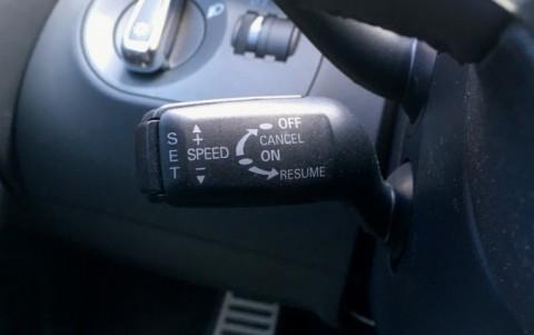 Audi  R8 4.2 FSI Quattro 420cv 8T2 : Régulateur de vitesse