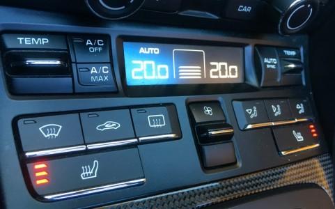 Porsche Boxster GTS PDK 573 : Climatisation automatique bi-zone