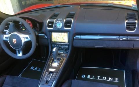 Porsche Boxster GTS PDK P23 : Porsche Communication Management PCM navigation Europe et interface audio universelle