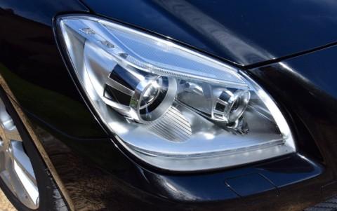 Mercedes SLK 200 BlueEfficiency 184cv Lave-phares