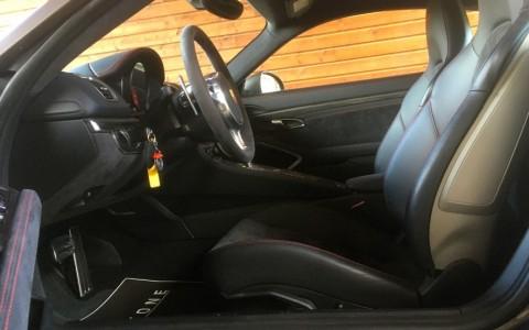 Porsche Cayman GTS PDK Sièges avant Sport Plus à coques à réglages semi-électriques