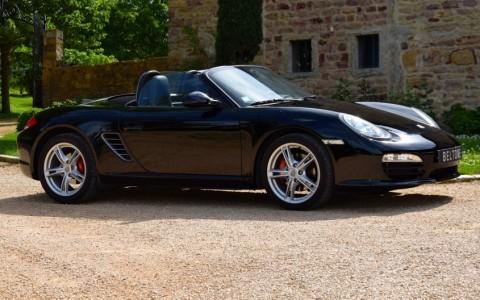 Porsche Boxster S 3.4 310cv PDK Vous habitez loin de Lyon ? Nous venons vous chercher à la gare ou à l'aéroport.